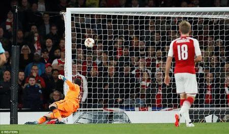 Arsenal 3-1 Cologne: Chien cong dau tien cua Sanchez - Anh 2