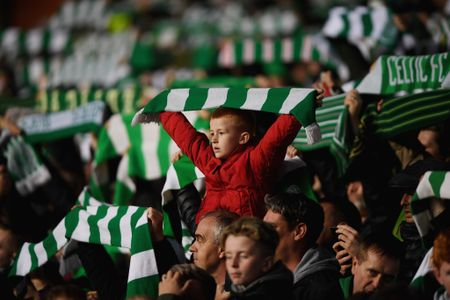 Gieo rac kinh hoang o Celtic Park, su menh cua PSG da bat dau - Anh 1