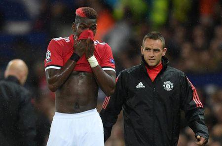 SOC: Pogba vo ky luat, Mourinho noi con thinh no - Anh 1