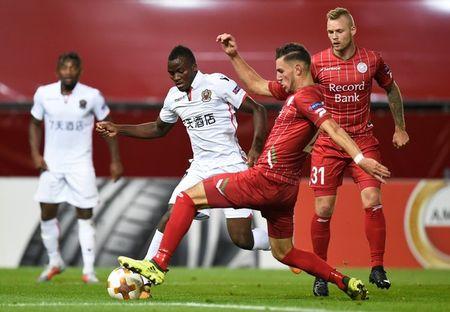 Zulte-Waregem 1-5 Nice: Balotelli ghi ban hay, kien tao gioi - Anh 6