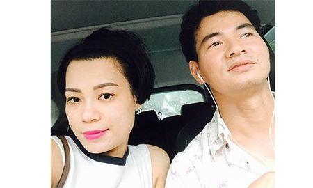 Xuan Bac hua livestream, Hong Nhung 'cam' chong thanh Giam doc - Anh 1