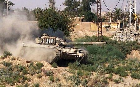 Phien quan IS ben bo vuc sup do o Deir Ezzor - Anh 10