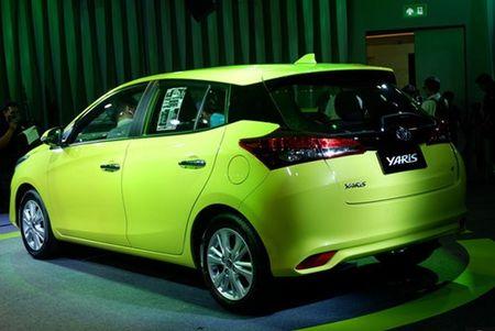 Toyota Yaris 2017 gia tu 329 trieu dong tai Thai Lan - Anh 12
