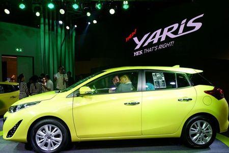 Toyota Yaris 2017 gia tu 329 trieu dong tai Thai Lan - Anh 2