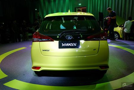 Toyota Yaris 2017 gia tu 329 trieu dong tai Thai Lan - Anh 8