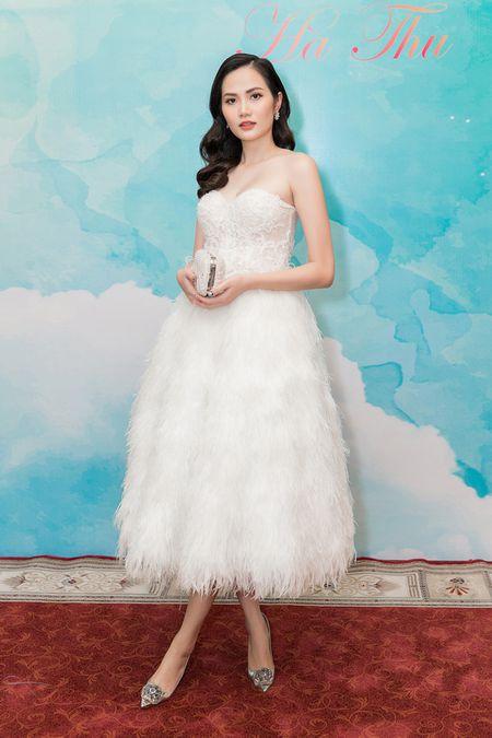 Ha Thu chinh thuc nhan trong trach tham gia dau truong nhan sac Miss Earth 2017 - Anh 22