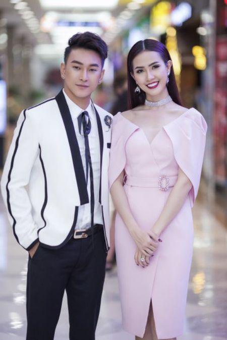 Phan Thi Mo tu lai xe tien ty di su kien - Anh 3