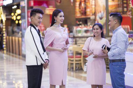 Phan Thi Mo tu lai xe tien ty di su kien - Anh 5