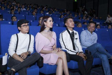 Phan Thi Mo tu lai xe tien ty di su kien - Anh 6