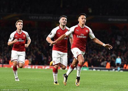Ket qua Europa League: Arsenal, AC Milan khoi dau mi man - Anh 2