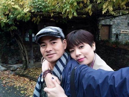 Vo Xuan Bac nhan chong: 'Toi cam ong lam giam doc day' - Anh 1