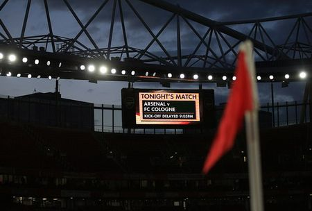 Sanchez lap sieu pham, Arsenal nguoc dong ha dep Cologne - Anh 1