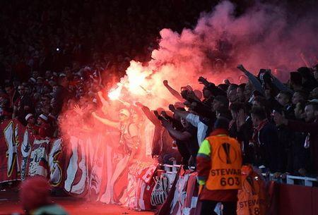 Sanchez lap sieu pham, Arsenal nguoc dong ha dep Cologne - Anh 2