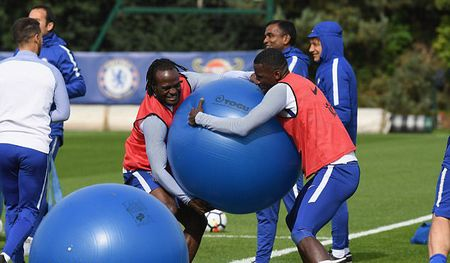 Chelsea tap bai 'di' truoc dai chien Arsenal - Anh 1