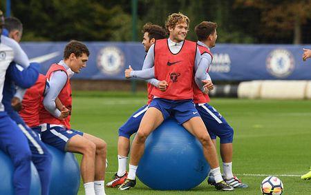 Chelsea tap bai 'di' truoc dai chien Arsenal - Anh 3
