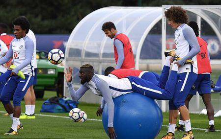 Chelsea tap bai 'di' truoc dai chien Arsenal - Anh 7