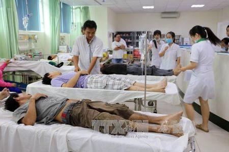 26 cong nhan TP Ho Chi Minh nhap vien nghi ngo doc thuc pham - Anh 1