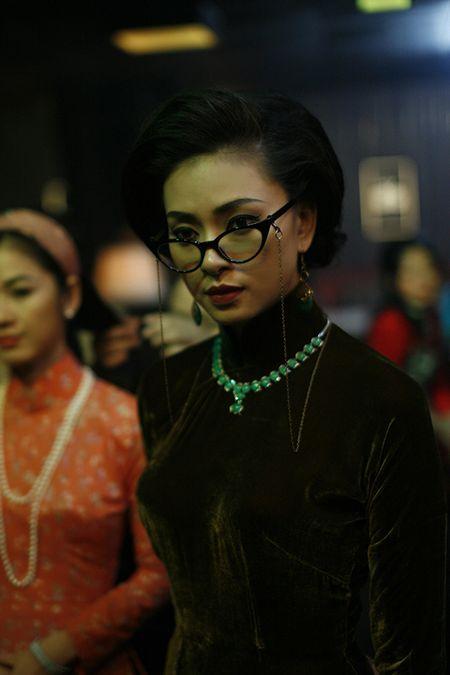Kim Thu tai xuat, hoi ngo dan my nhan trong 'Co Ba Sai Gon' - Anh 3