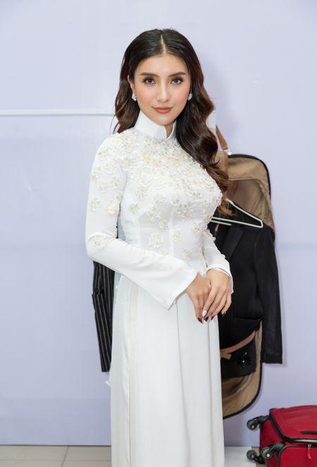 Tieu Chau Nhu Quynh tai ngo Giang Hong Ngoc, Dao Ba Loc - Anh 4
