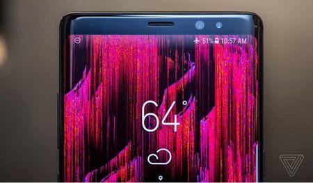 Vuot qua 'dop' Note 7, Galaxy Note 8 dat ky luc dat hang - Anh 1