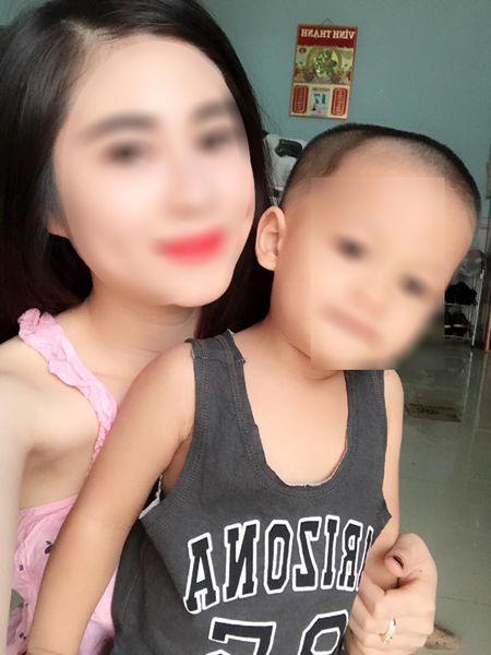 Vu chong sat hai vo hotgirl bang 36 nhat dao: Con trai 2 tuoi khoc doi me ban dem - Anh 2