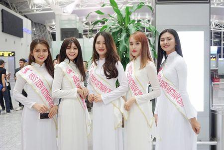 Nu sinh Miss Teen Viet dien ao dai, non la dai nao san bay Han Quoc - Anh 3