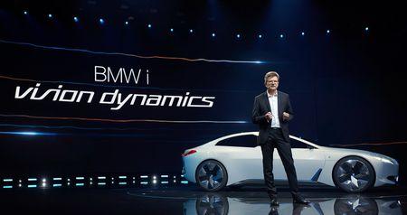 """Xem truoc """"xe tuong lai"""" cua Mercedes-Benz, Audi va BMW - Anh 12"""