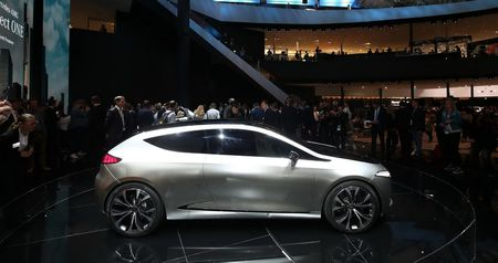 """Xem truoc """"xe tuong lai"""" cua Mercedes-Benz, Audi va BMW - Anh 4"""