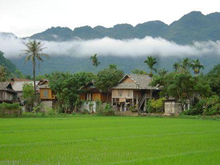 Lien hoan cac lang du lich cong dong cac tinh Tay Bac mo rong - Anh 1