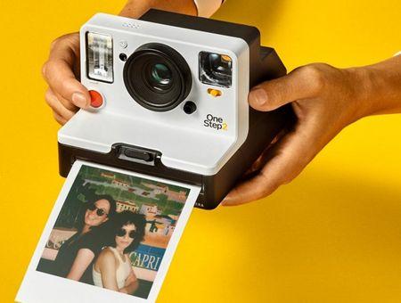 Sau 10 nam, Polaroid quay tro lai san xuat may anh film - Anh 1