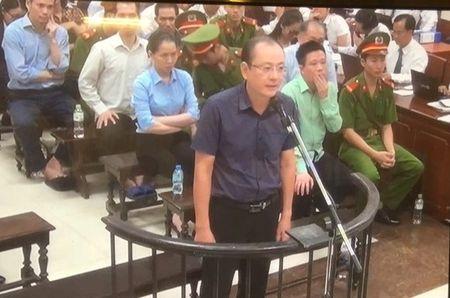 Vu Ha Van Tham: Luat su dong loat keu oan cho nhieu bi cao - Anh 2