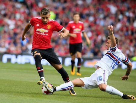 Sao tre M.U cong khai cai loi Mourinho - Anh 3