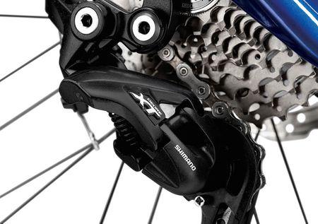Soi xe dap BMW M Bike Limited Carbon Edition gia 37,8 trieu - Anh 4