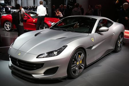 Sieu xe Ferrari Portofino lan dau ra mat cong chung - Anh 3