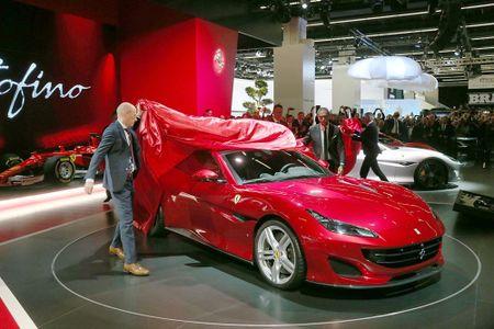 Sieu xe Ferrari Portofino lan dau ra mat cong chung - Anh 5