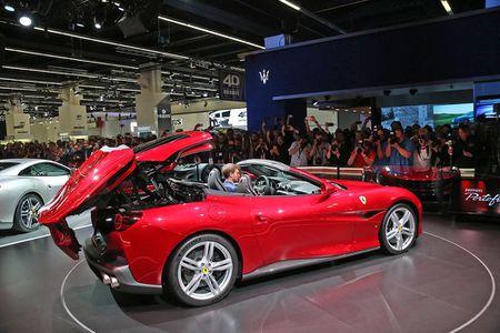 Sieu xe Ferrari Portofino lan dau ra mat cong chung - Anh 8