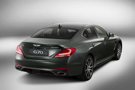 Ra mat xe sang Genesis G70 'dau' Mercedes-Benz C-Class - Anh 4