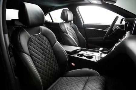 Ra mat xe sang Genesis G70 'dau' Mercedes-Benz C-Class - Anh 7