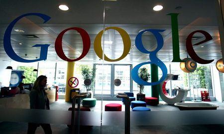Google bi kien voi cao buoc phan biet gioi tinh khi tra luong - Anh 1