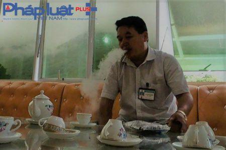 Ha Giang: Tu y mo nap thung, bat den bac trieu khi bi ong dot - Anh 3