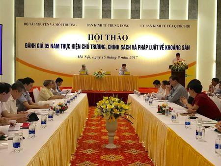 Chinh sach va phap luat ve khoang san huong den phat trien ben vung - Anh 2