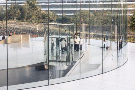 Phi thuyen Apple Park: Nhung hinh anh dau tien - Anh 8