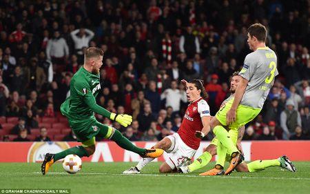 Sanchez lap sieu pham, Arsenal nguoc dong ngoan muc - Anh 10