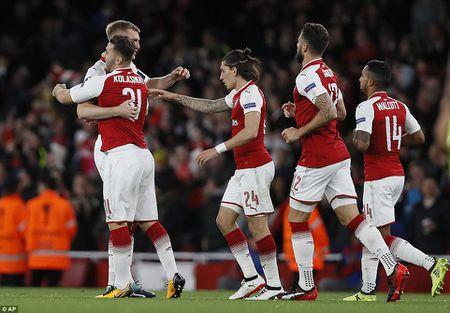 Sanchez lap sieu pham, Arsenal nguoc dong ngoan muc - Anh 11