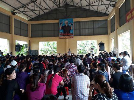 Hai hung thuc pham ban tuon vao truong hoc o Vinh Phuc - Anh 2