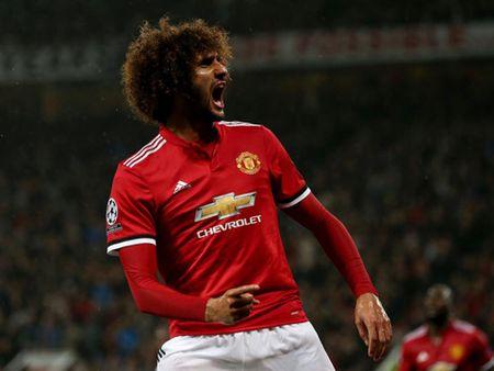 Doi hinh tieu bieu vong 1 Champions League: Su tro lai cua cac ngoi sao M.U - Anh 9