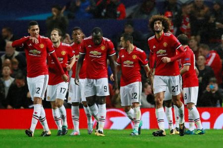 Lich thi dau vong 5 Premier League: Chelsea gap Arsenal toi Chu Nhat - Anh 11