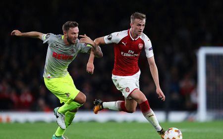 Cham diem Arsenal 3-1 FC Cologne: Bellerin che mo Sanchez - Anh 3