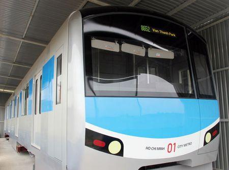 Lo dien mau thiet ke tau metro Sai Gon mo phong dau may bay - Anh 3