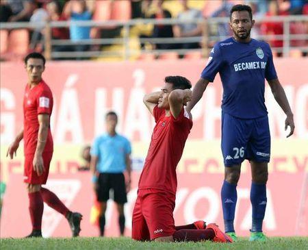 Truc tiep Hai Phong vs S.Khanh Hoa vong 18 V.League 2017 - Anh 1